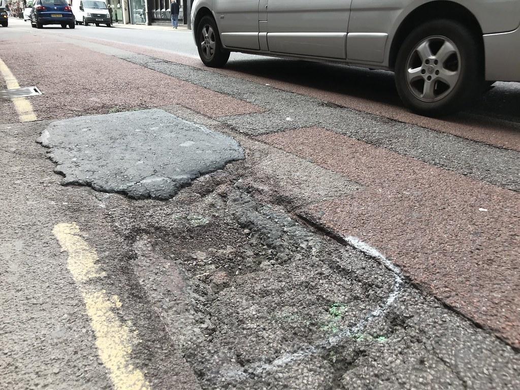buca stradale